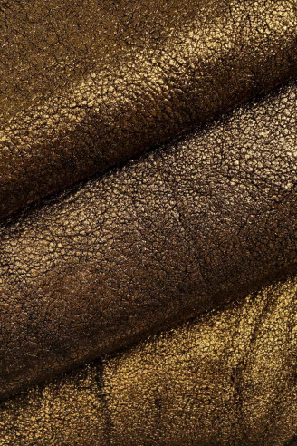 semi shiny smooth nappa hides in two different shades of brown thick 0.50.6 mm rather soft skin  A6841-TU La Garzarara Italian leather